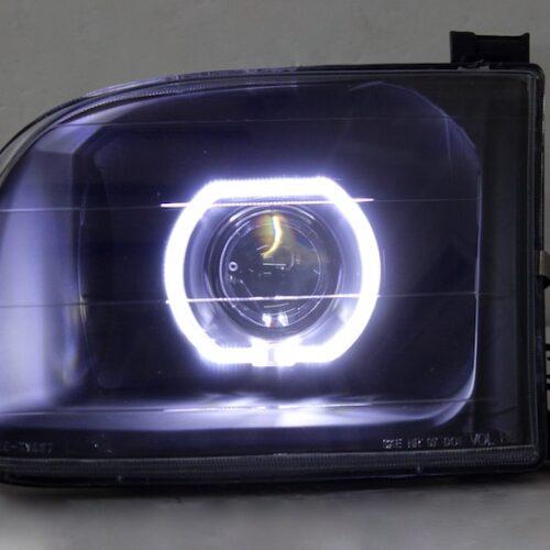 2000-2004 Toyota Tundra Black Halo Projector Headlights