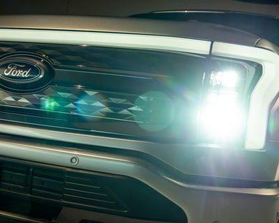 2022+ Ford F-150 Lighting Custom Retrofit Headlights